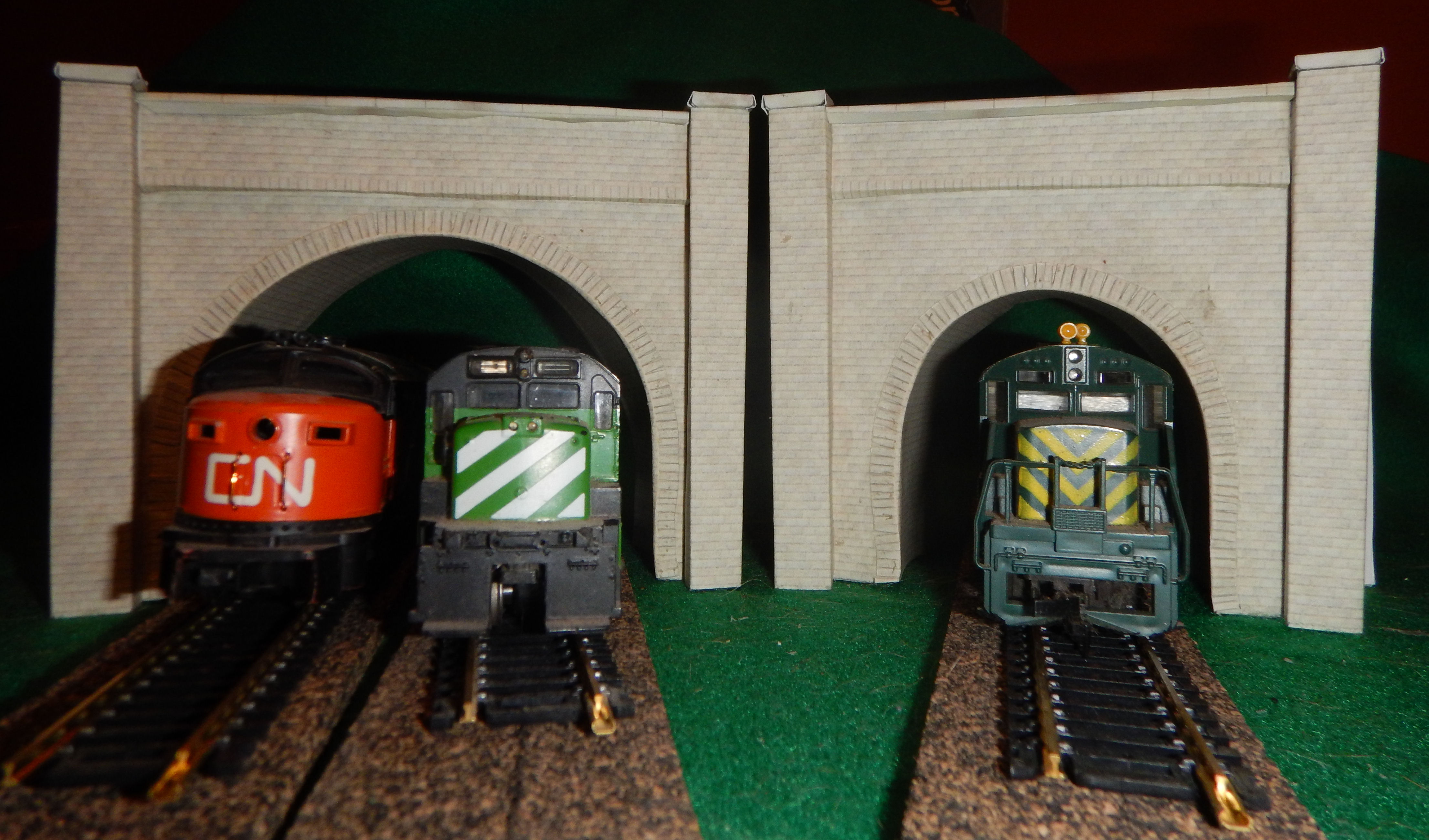 N Scale Model Train Set 4 Different Types Of Tunnel Portals