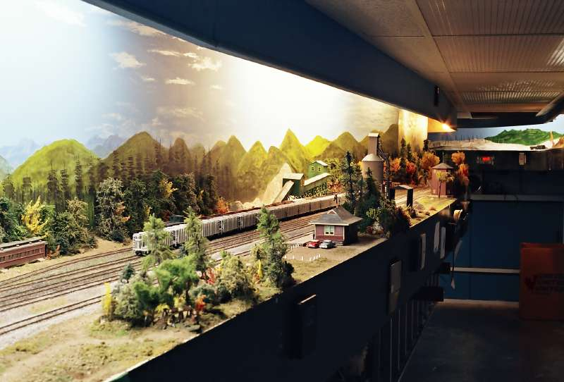 Kraft Trains railroading clubs around the world Canada from Edmonton Model Railroad Association