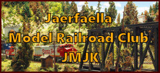 Visit Jarfalla Model Railroad Club in Jarfalla west of Stockholm, Sweden. See what Jarfalla Model Railroad Club has to offer in model railroading. Go to www.krafttrains.com and talk a tour of Jarfalla Model Railroad Club, see videos, pictures, learn about the club itself and its history in model railroading. Besök Järfälla Modelljärnvägsklubb i Järfälla västra Stockholm. Se vad Järfälla Modelljärnvägsklubb har att erbjuda i modell railroading. Gå till www.krafttrains.com och prata en rundtur i Järfälla Modelljärnvägsklubb, se videor, bilder, lära sig om klubben själv och dess historia i modell railroading.